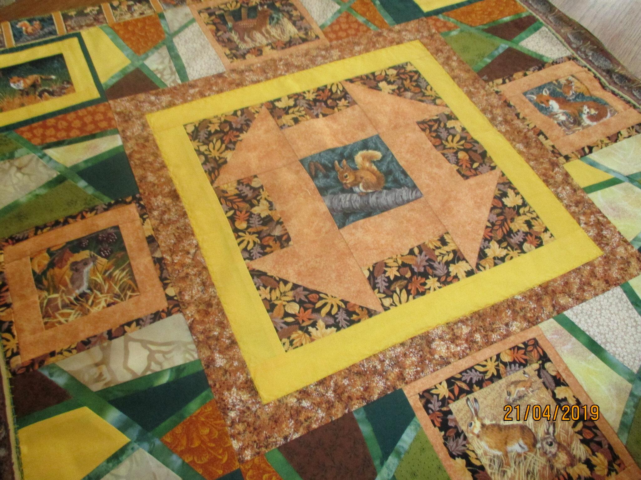 patchwork offert par ma soeurette ,il est trop beaux,avec plein d'animaux ♥