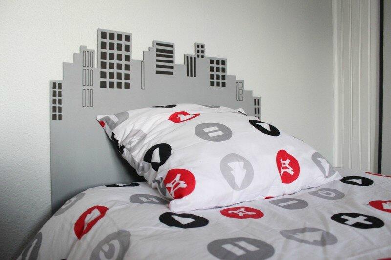 diy faire une t te de lit buildings pour une d coration urbaine st phanie bricole. Black Bedroom Furniture Sets. Home Design Ideas