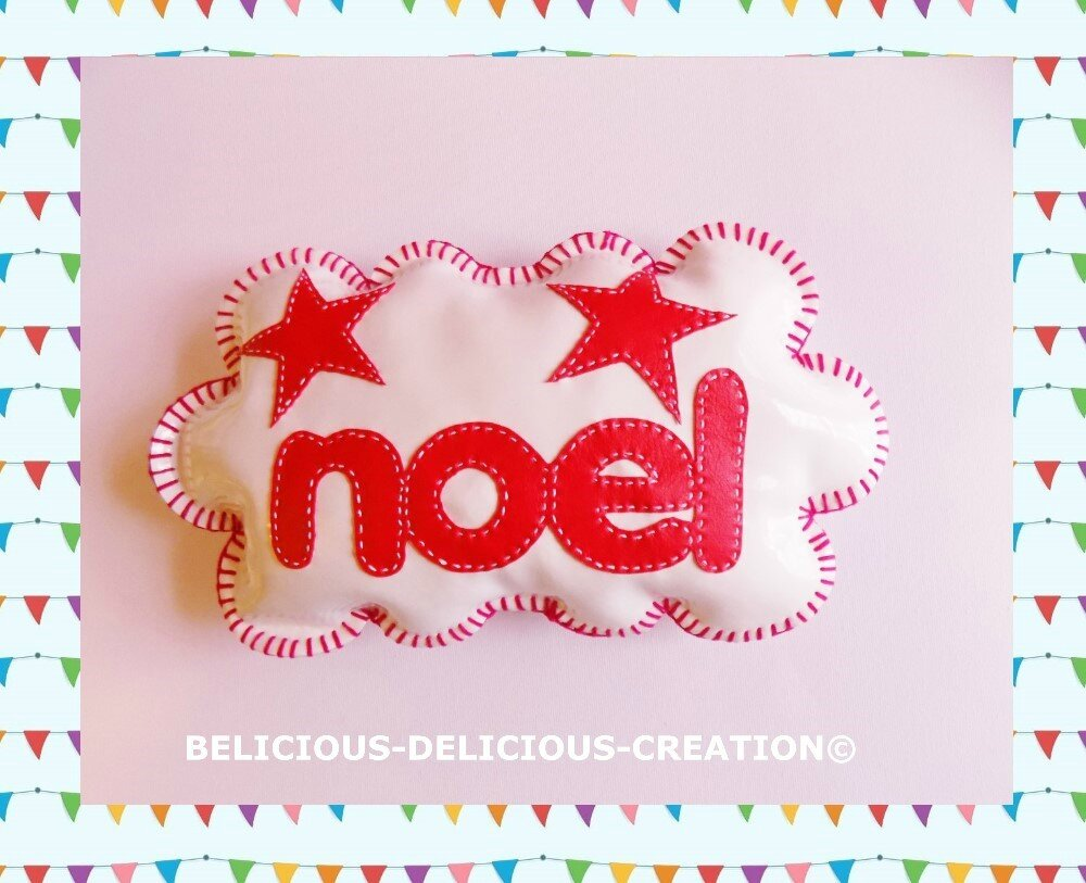 ORIGINAL coussin deco !! CLOUD NOEL !! en simili cuir blanc et rouge Taille 29cm x 17cm BELICIOUS-DELICIOUS CREATION
