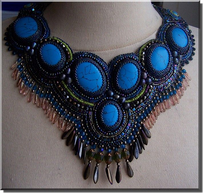 brodé turquoise
