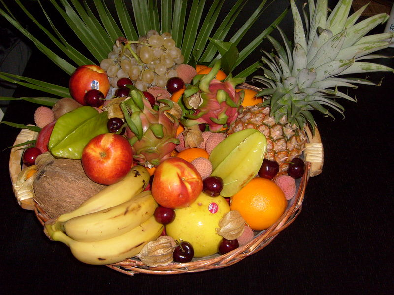 corbeille de fruits exotiques photo de nos corbeilles de fruits 1000 fruits. Black Bedroom Furniture Sets. Home Design Ideas