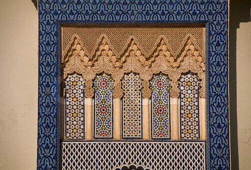 الفن المعماري المغربي بالقصر الملكي بفاس