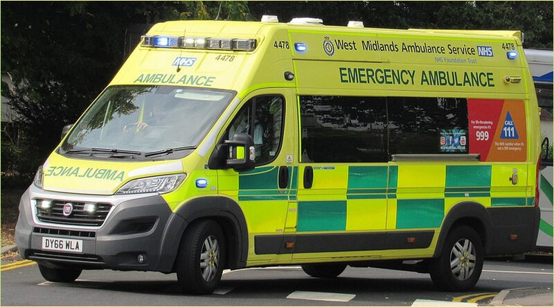 1024px-2016_Fiat_Ducato_42_Maxi_West_Midlands_Ambulance_Service_3
