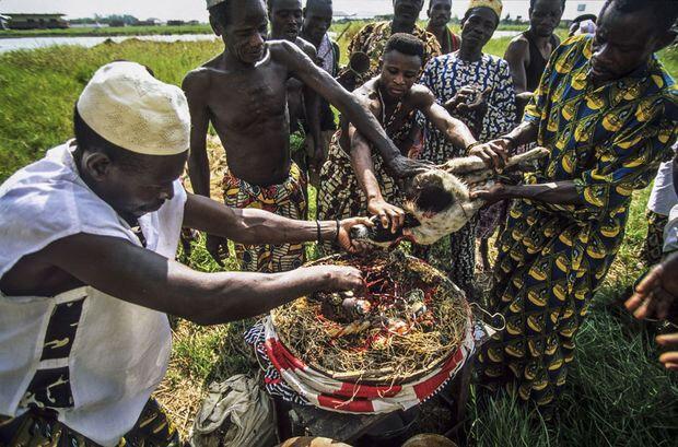 RETOUR AFFECTIF IMMEDIAT: MARABOUT VOYANT AFRICAIN SERIEUX SOWOKA YARI