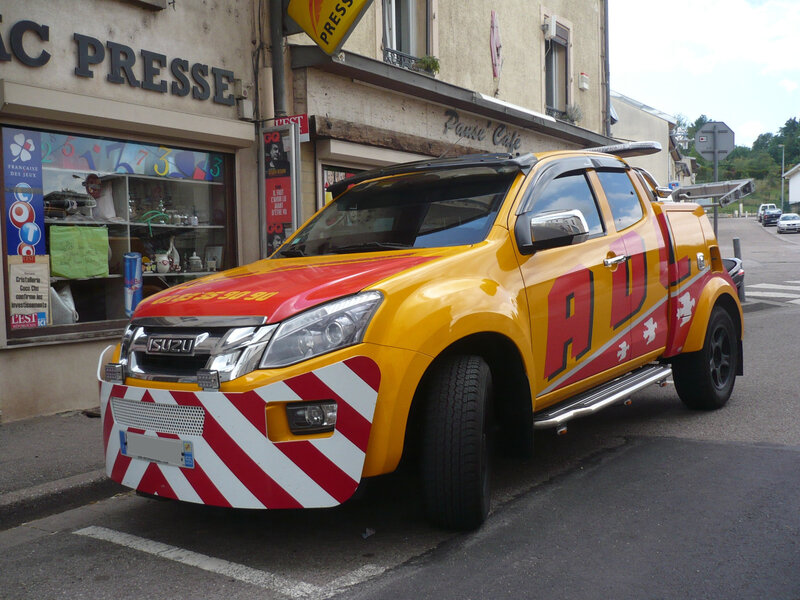 ISUZU D-Max dépanneuse équipement Light City de Jigé ADL Assistance Custines (1)