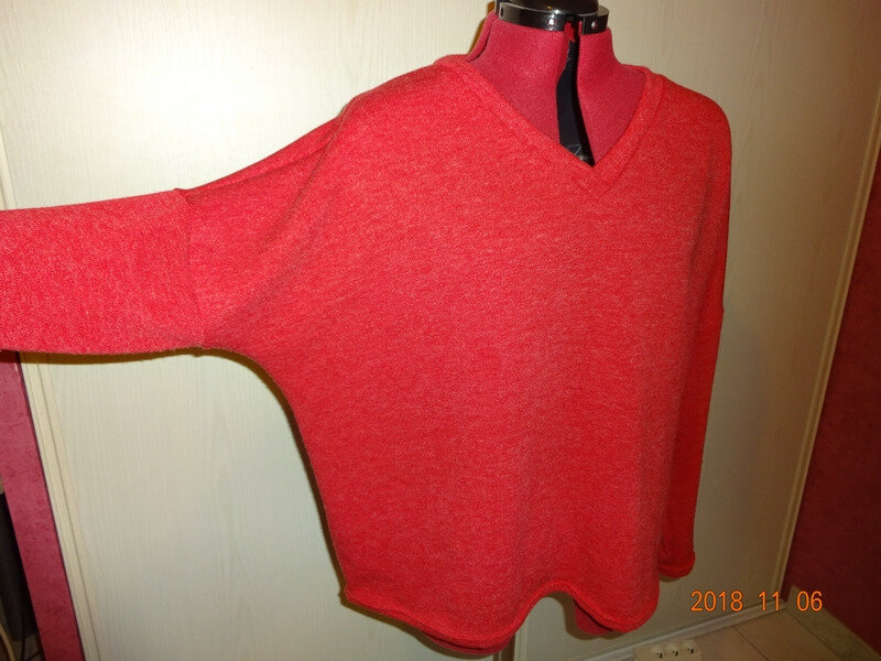 pull oversize rouge 3