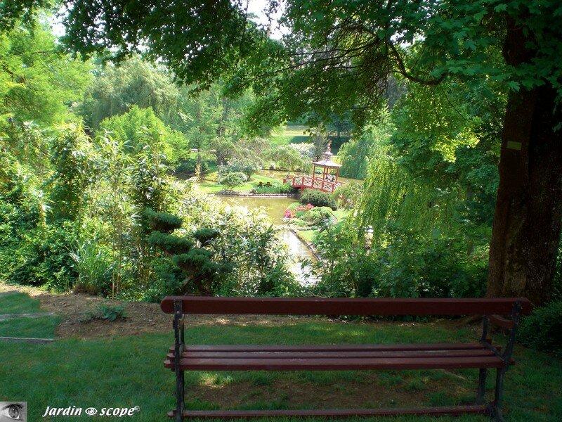 Pour admirer le Pont chinois du Parc d'Apremont