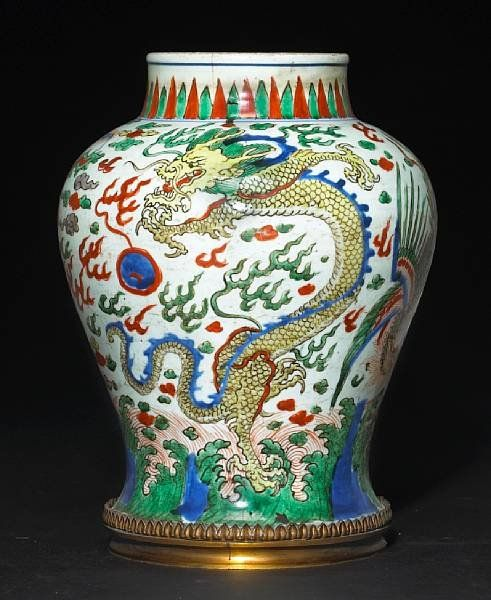 A Wucai Decorated Porcelain Jar Kangxi Period Eloge De L Art Par Alain Truong