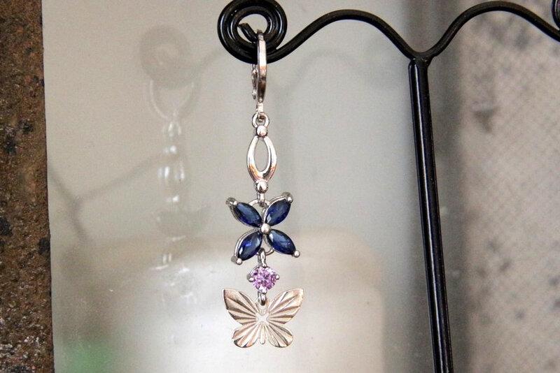 mono-boucle-d-oreille-papillon-et-zirconium-bleu-et-violet-3