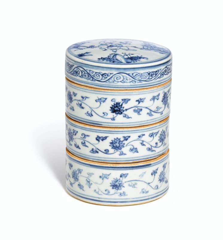 A blue and white tiered box and cover, Ming dynasty, Chenghua period (1464-1487)