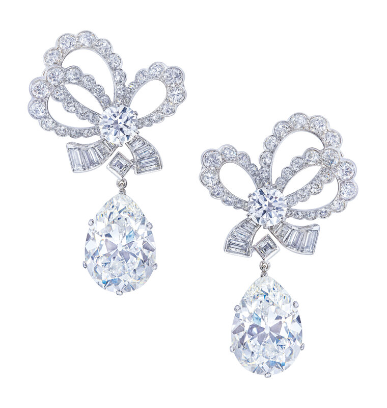 2019_GNV_17436_0244_000(mid-20th_century_diamond_earrings_van_cleef_arpels_d6231968)