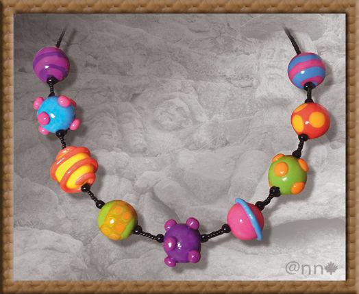 Collier multicolore n° 3 (N)