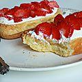 Brioche toastée, cream cheese & fraises