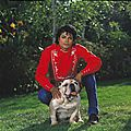 michael-and-his-animals-michael-jackson-31107594-2545-2560