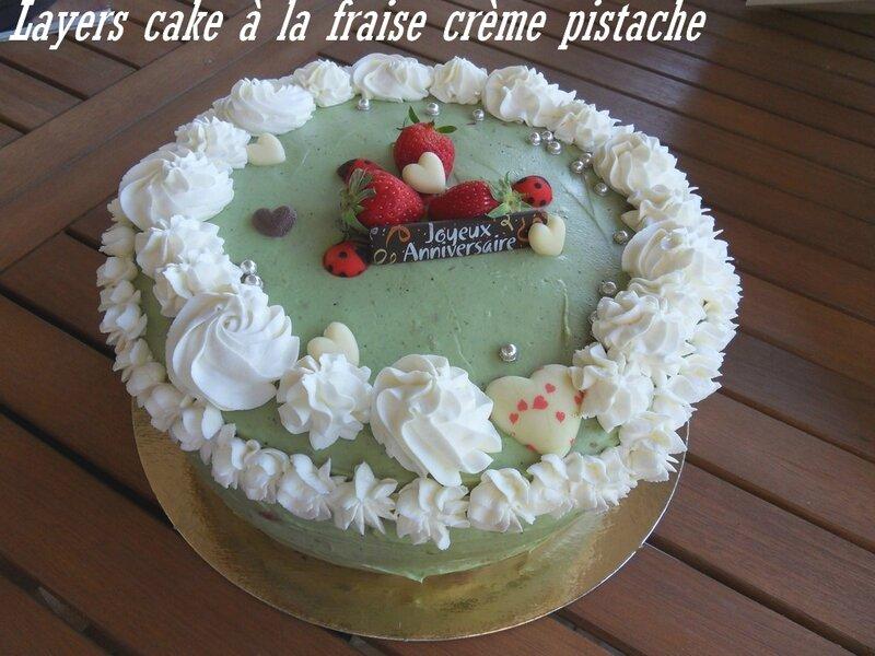 LAYERS CAKE FRAISE CRÈME PISTACHE