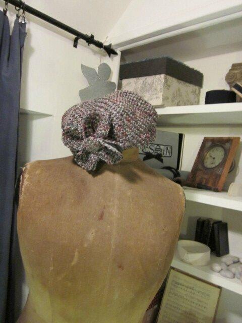 Chapeau AGLAE en lainage chiné gris et rose avec fleur - doublure de lin noir (2)