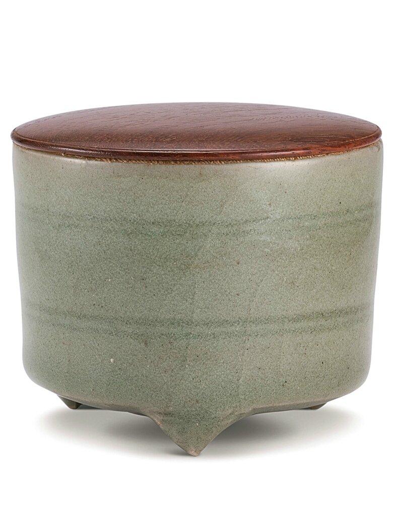 A small 'Longquan celadon tripod incense burner, Yuan dynasty