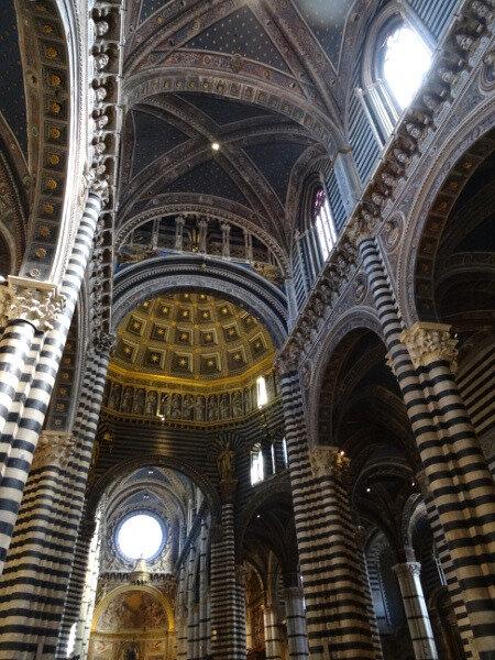 Nef cathédrale Sienne