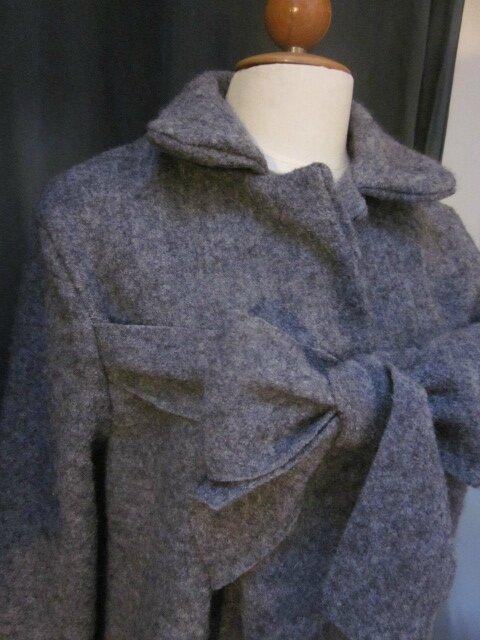 Manteau AGLAE en laine bouillie gris moyen chiné fermé par un noeud (5)
