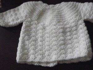 http://montitcoin.wordpress.com/2012/01/14/brassiere-blanche-naissance-1er-age/
