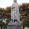 150px-Poissy_-_Statue_de_Saint-Louis01