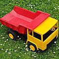 01062 camion benne berliet tr300 marque mob superjouet