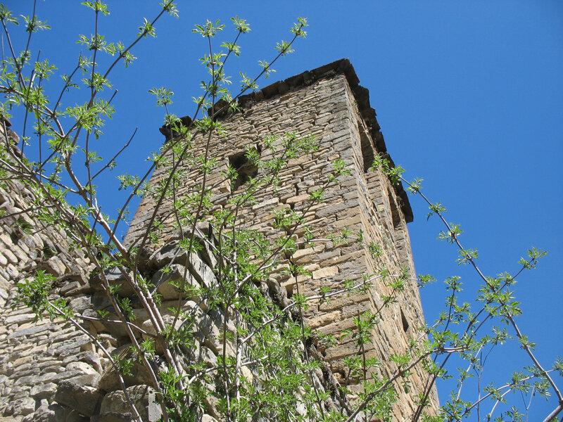 Jaca, église San Juan Bautista, clocher (Espagne)