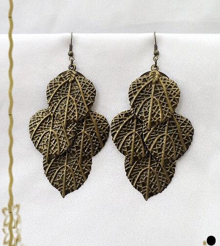 Boucles d'Oreilles Pendantes Légères Romée Feuilles Métal Couleur Bronze Vieilli Sculpté