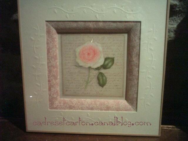 rose embossée
