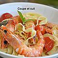 Tagliatelles fraîches aux crevettes, tomates et basilic