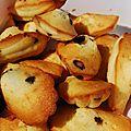 Madeleines aux pépites au chocolat de cyril lignac