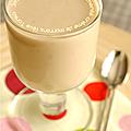 Smoothie banane, poire, lait fermente, creme de marrons & feve tonka pour banane en déroute