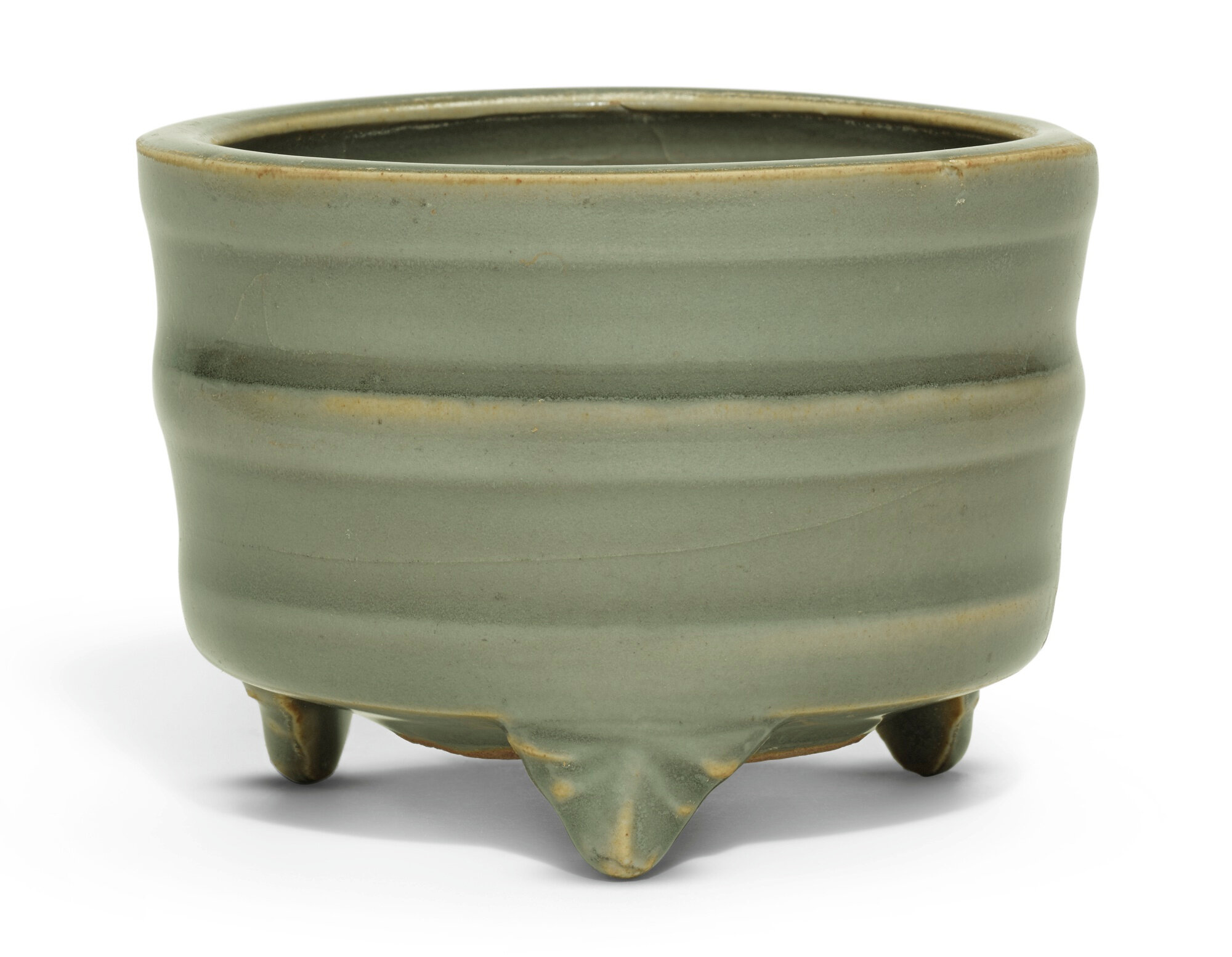 A 'Longquan celadon' tripod censer, Song dynasty (960-1279)