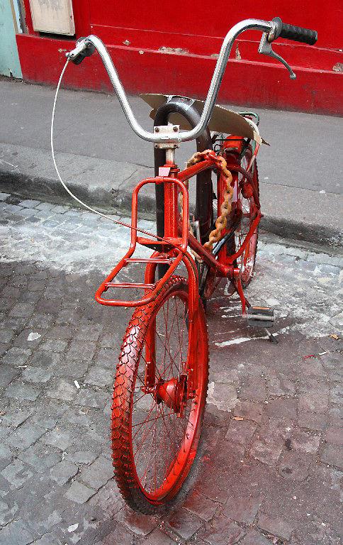 vélo peinture rouge_3752