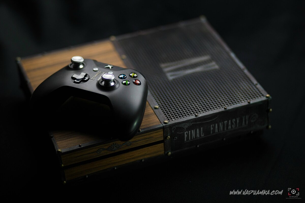 Final Fantasy XV XBOX ONE S [Royal Mysterious Chest]