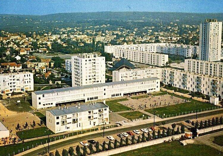 Ermont (Val d'Oise), école Eugène Delacroix et quartier Les chênes