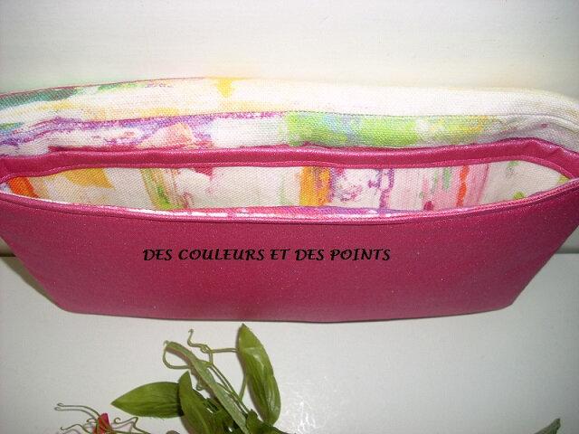 POCHETTE FLEUR BRODEE ROSE INTERIEUR
