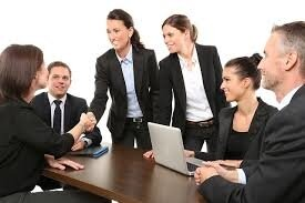 Ponuka pôžičiek medzi vážnymi a čestnými jednotlivcami