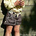 Ella en lin kaki et Liberty Boxford