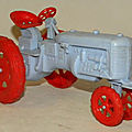 00110 tracteur fordson marque tudor rose