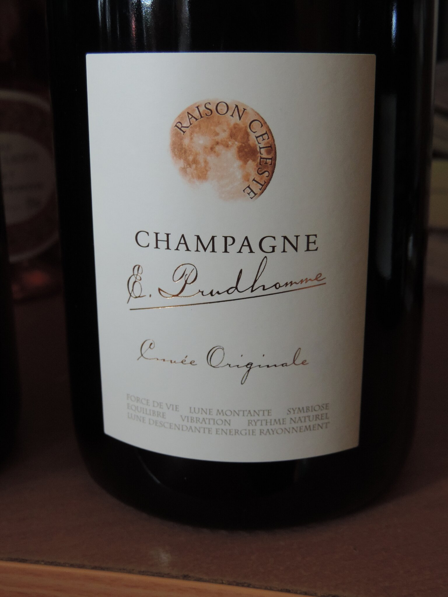 champagne extra-brut E.Prudhomme