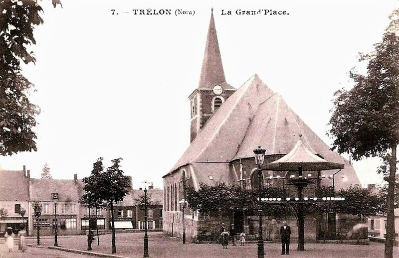 TRELON-La Grand'Place le jour (2)