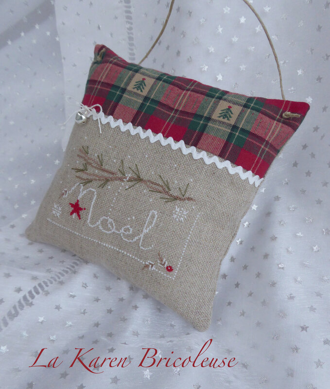 coussin-noel-a