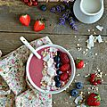 Smoothie bowl aux fruits rouges #vegan