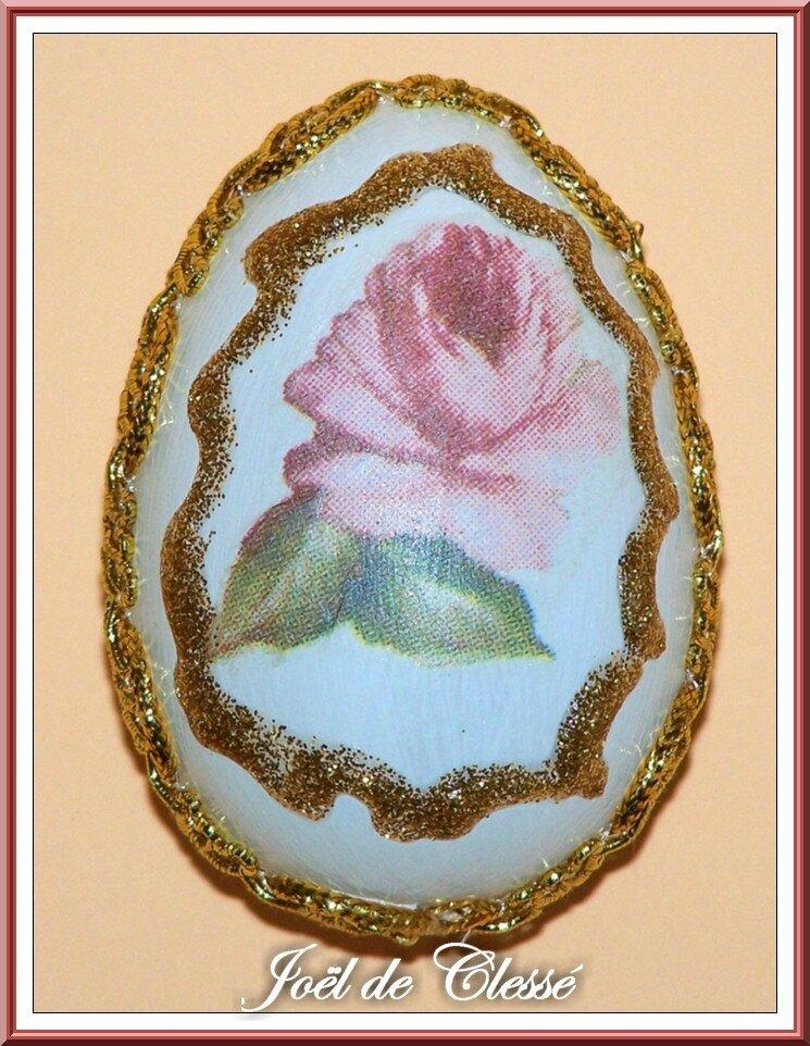 Œuf Pâques décoré serviettage 3