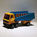 Articulated truck