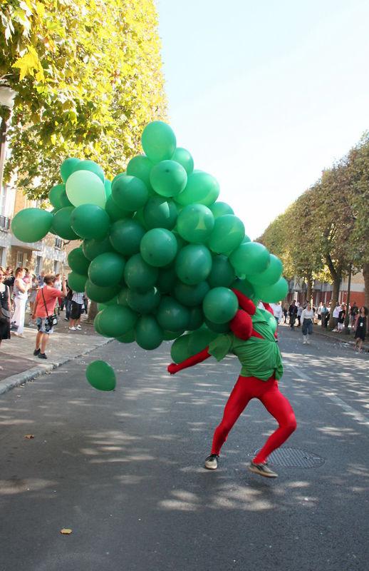 73-Mi-Octobre (ballon) Fête des Vendanges Suresnes_8745