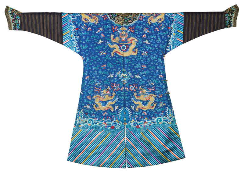 2019_CKS_17114_0226_001(an_embroidered_blue-ground_dragon_robe_mangpao_19th_century)