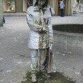 sculpture fontaine à Fribourg (Suisse)