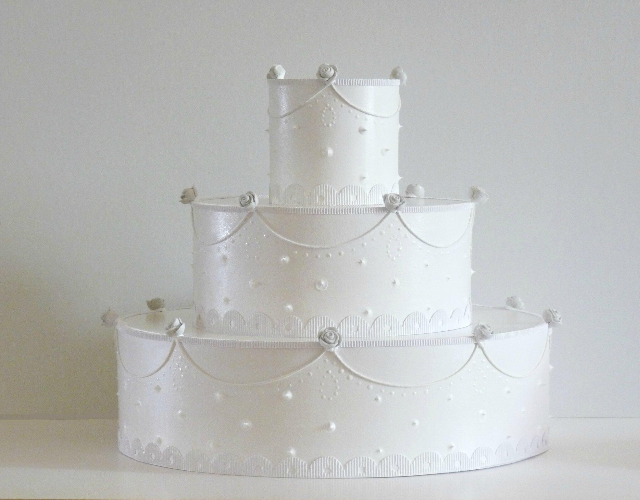 gâteau présentoir pour dragées, baptême